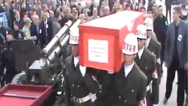 Şehit Astsubay Özdemir dualarla uğurlandı